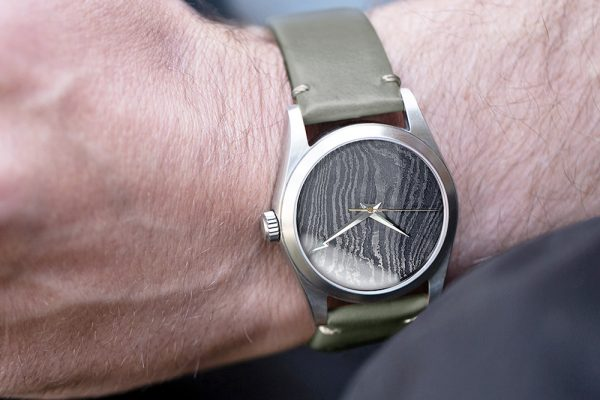 36mm_Damascus_wrist